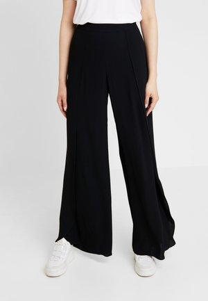 SLFUMA PANT - Pantalones - black
