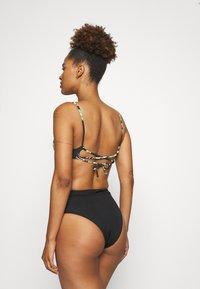 Rip Curl - PALMETTO CROP - Bikini top - black - 2