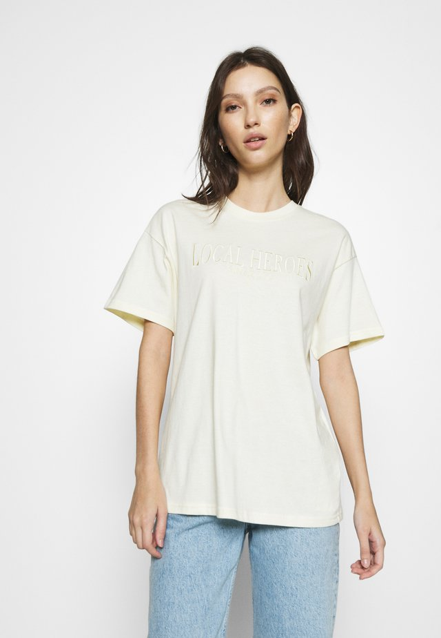 CREAM TEE - T-shirts med print - cream