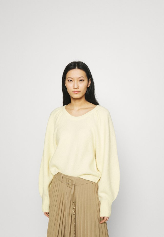 SWEATER - Trui - soft yellow
