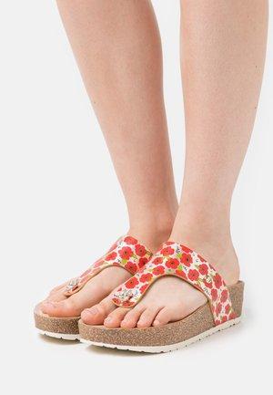 QUINOA GARDEN - Sandály s odděleným palcem - red