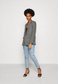 Gina Tricot - LISA - Short coat - grey - 1