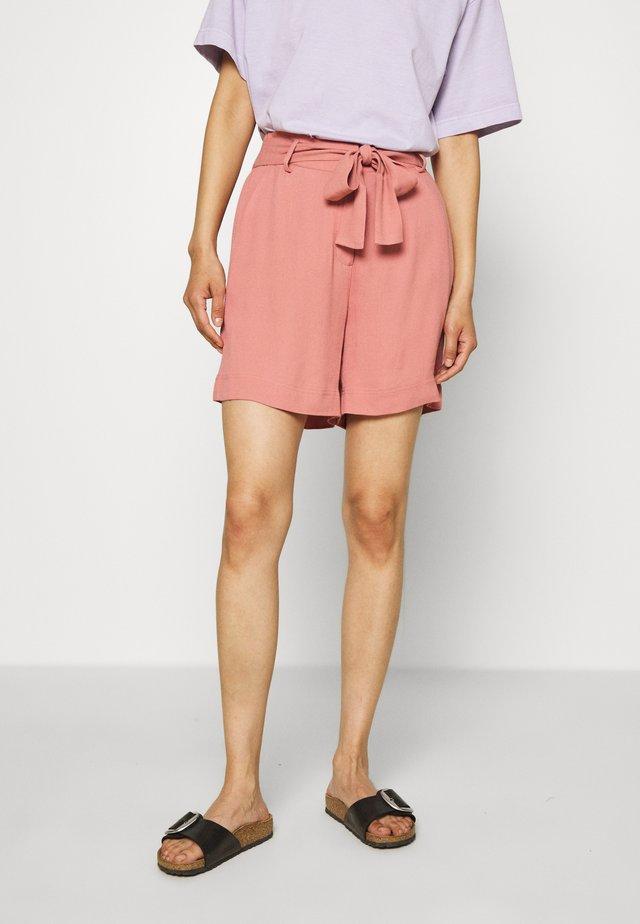 KIMMY - Shorts - light mahagony