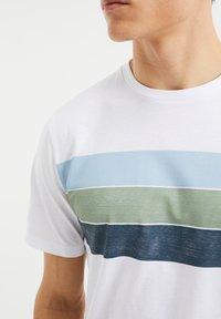 WE Fashion - T-Shirt print - white - 3