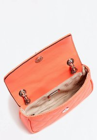 Guess - MICRO SAC À BANDOULIÈRE CESSILY - Across body bag - orange - 3