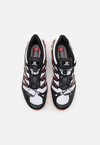 Salomon - SHOES XA-COMP ADV UNISEX - Sneakers basse - white/black/cherry tomato - 3