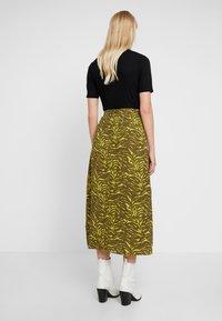 KIOMI - Maxi skirt - oliv/green - 2