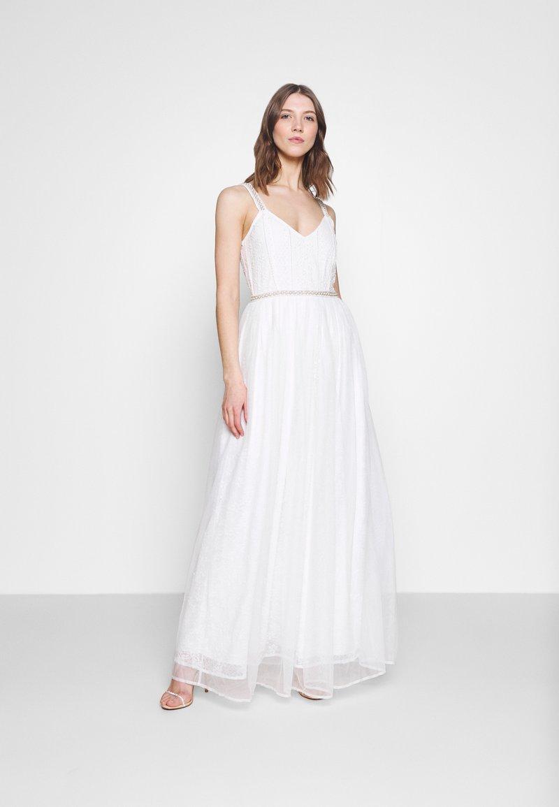 YAS - YASBRIZA STRAP DRESS - Společenské šaty - star white