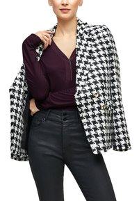 s.Oliver BLACK LABEL - Long sleeved top - dark purple - 4