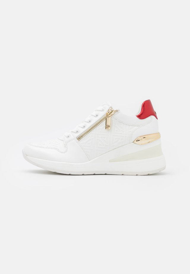 JERESA - Sneakers laag - white