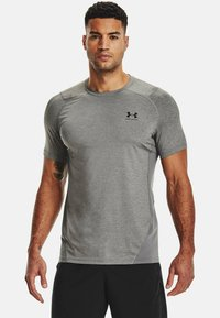 Under Armour - ARMOUR FITTED - T-shirt med print - carbon heather - 0