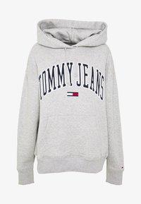 Tommy Jeans - CLASSICS LOGO HOODIE - Sweat à capuche - grey - 4