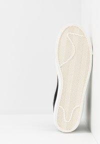 Nike Sportswear - BLAZER MID '77 - Sneakers high - black/pure platinum/sail/white - 9