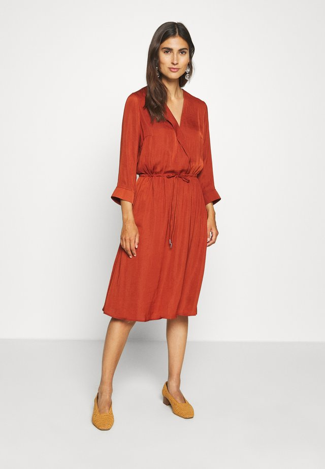 FRIEDA DRESS - Day dress - cayenne