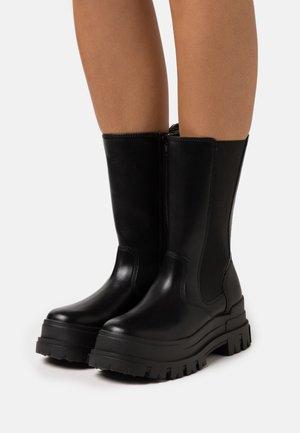 ASPHA  - Platåstøvler - black
