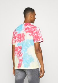 Primitive - TRUNKS PHASE VINTAGE OVERSIZED - Print T-shirt - multi-coloured - 2