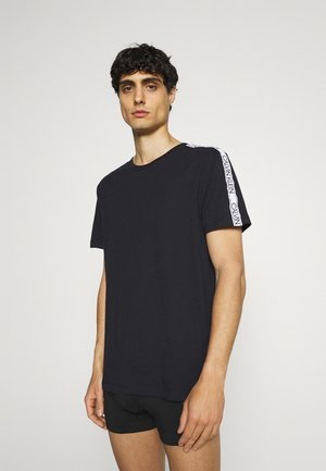 CORE LOGO RELAXED CREW TEE - Pyjama top - black