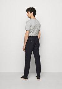 NN07 - FOSS  - Trousers - navy blue - 2