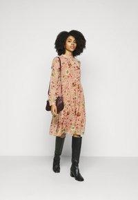 Vero Moda Petite - VMCILLE DRESS  - Day dress - auburn - 1