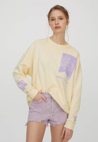 PULL&BEAR - Sweatshirt - yellow - 0