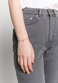Ted Baker - MINI PAVE PADLOCK CHARM BRACELET - Bracelet - rose gold-coloured - 1