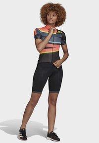 adidas Performance - ADISTAR JERSEY - T-shirts med print - orange/yellow - 1