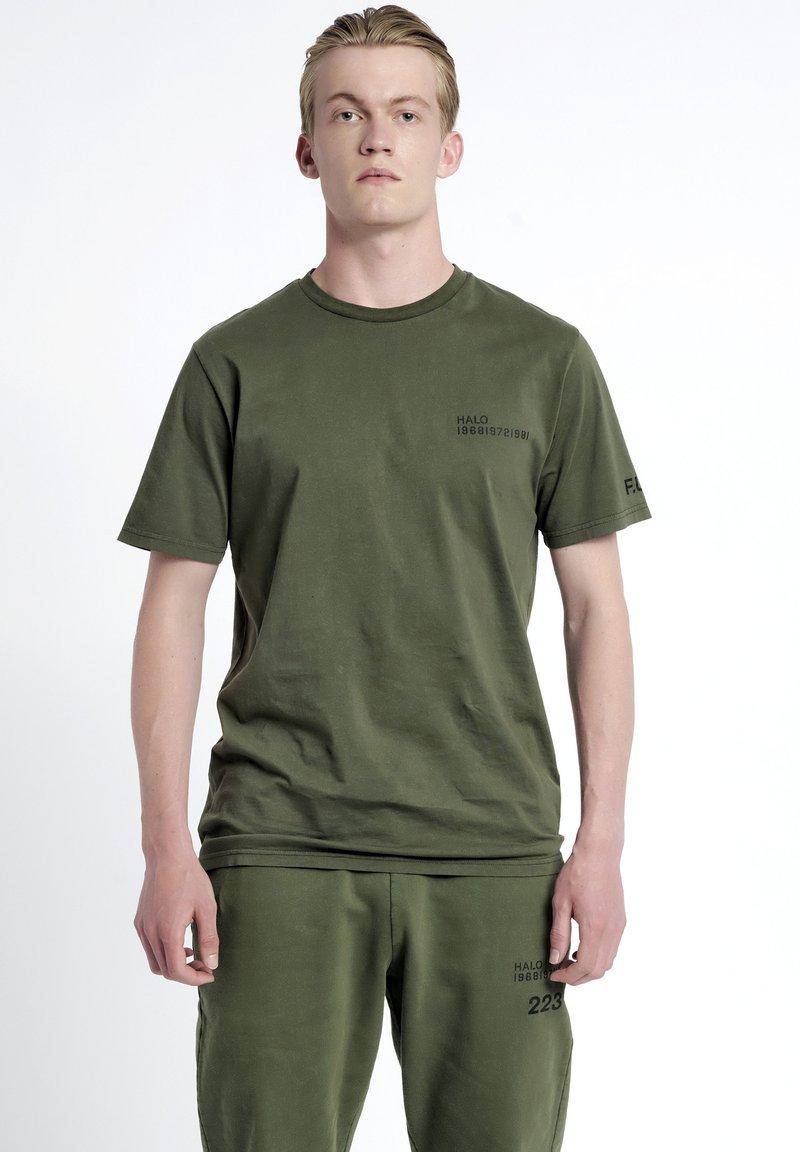 HALO - T-shirts print - olive night