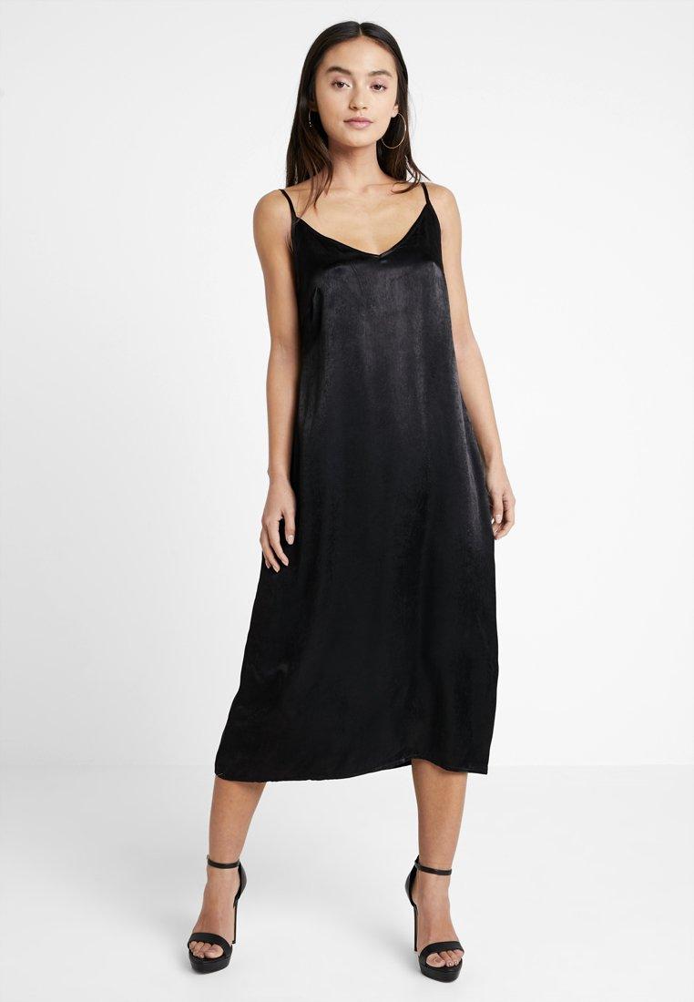 Even&Odd Petite - Denní šaty - black