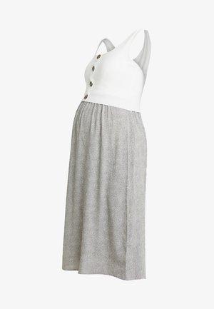 BRISTOL BUTTON DETAIL NURSING DRESS 2-IN-1 - Strikket kjole - white/sand