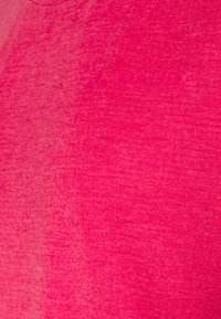 Vaude - WOMENS SKOMER 3/4 - Langærmede T-shirts - crimson red - 2