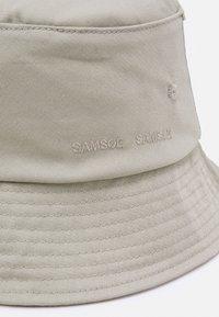Samsøe Samsøe - ANTON BUCKET HAT UNISEX - Hoed - seagrass - 2