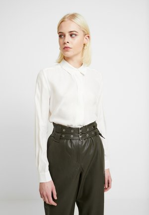 SLFARABELLA ODETTE - Button-down blouse - snow white