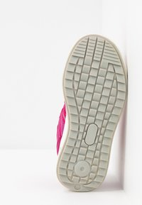 Reima - REIMATEC SHOES KEVENI - Hiking shoes - cranberry pink - 4
