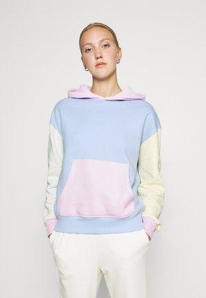 COLOUR BLOCK OVERSIZED HOODIE - Sweatshirt - blue