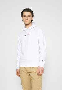 Tommy Jeans - STRAIGHT LOGO HOODIE - Mikina - white - 0