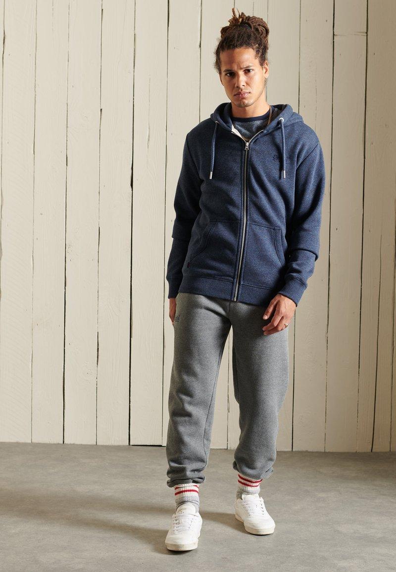 Superdry - VINTAGE LOGO EMBROIDERED - Zip-up sweatshirt - vintage navy marl