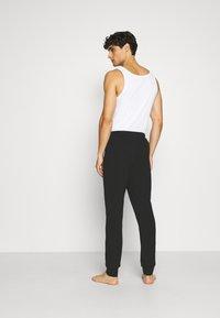 Emporio Armani - TROUSERS - Pantaloni del pigiama - nero - 2