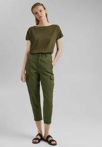edc by Esprit - Print T-shirt - khaki green - 1