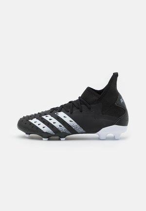 PREDATOR FREAK .2 FG - Scarpe da calcetto con tacchetti - core black/footwear white