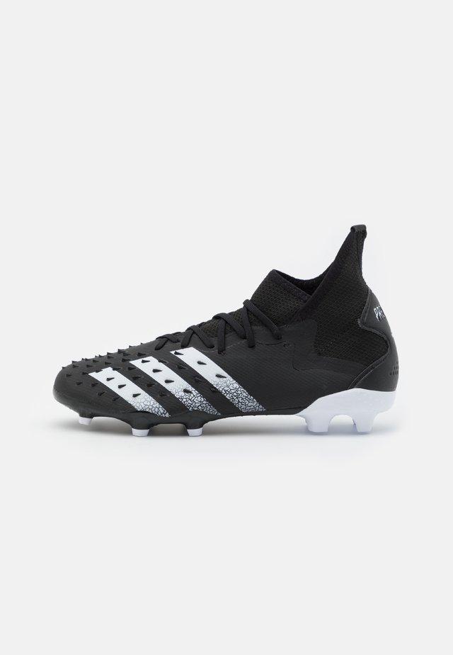 PREDATOR FREAK .2 FG - Voetbalschoenen met kunststof noppen - core black/footwear white