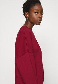 Even&Odd - OVERSIZED CREW NECK SWEATSHIRT - Sweatshirt - red - 3