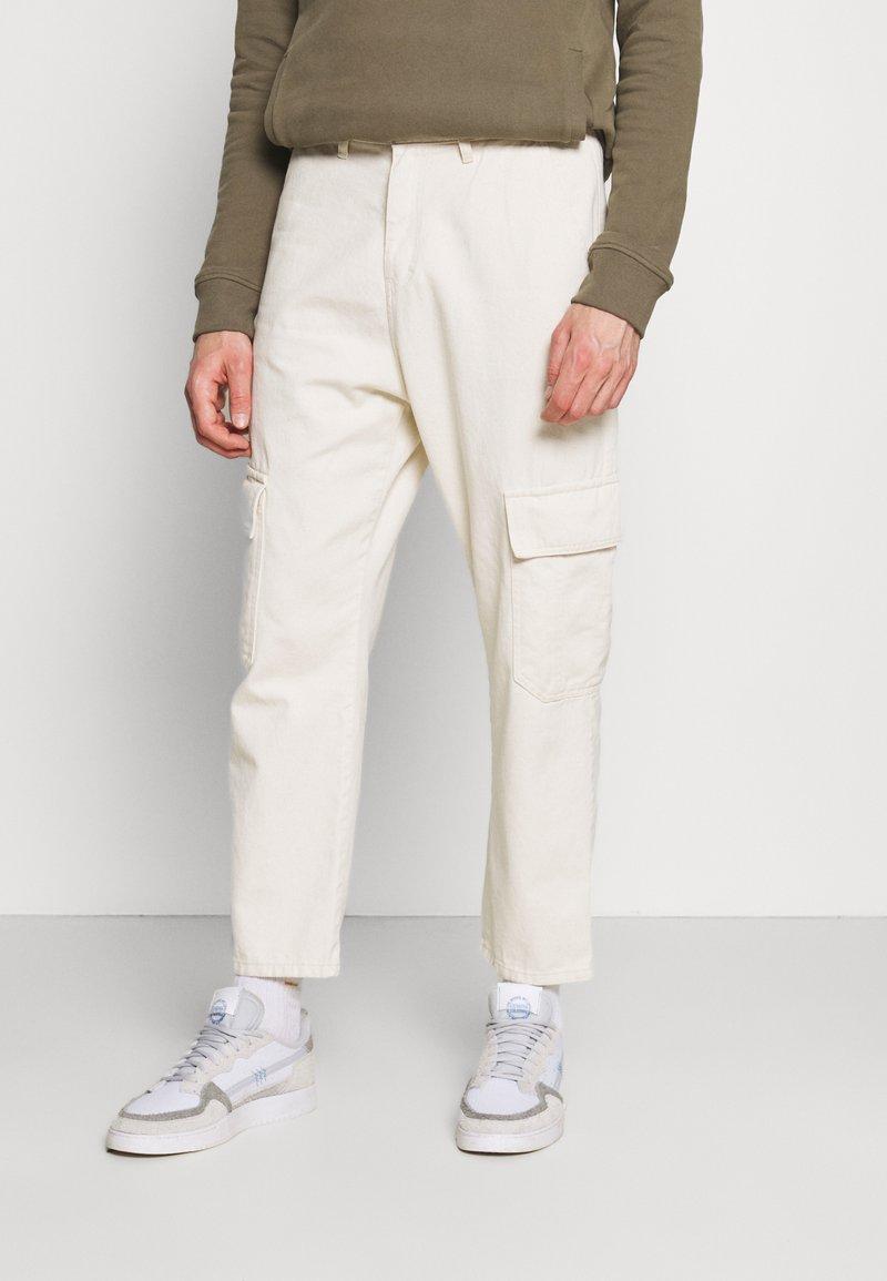 Kaotiko - PANT NEW YORK  - Pantalon cargo - nature
