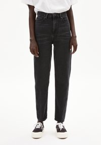 ARMEDANGELS - MAIRAA - Straight leg jeans - washed down black - 5
