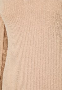 Topshop - COLLARED COSEY MIDI - Pletené šaty - blush - 5