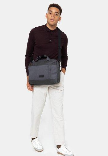Briefcase - cnnctaccentgrey