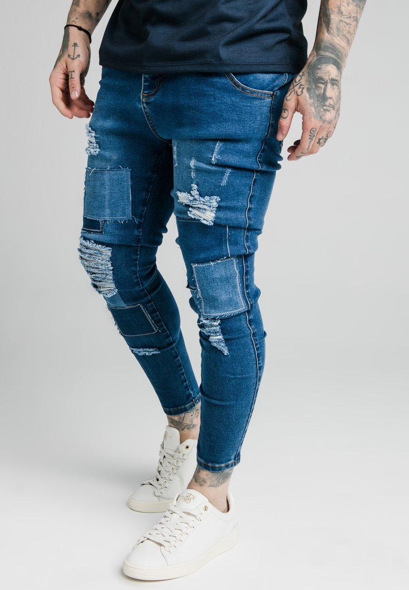 SIKSILK - DISTRESSED PATCH - Jeans Skinny Fit - midstone