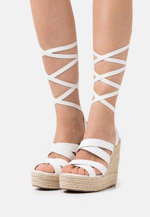 ANISKA - Platform sandals - white