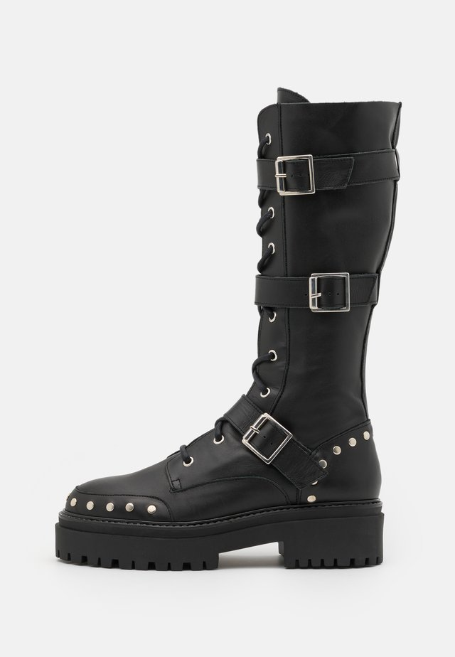 ASTEROID KNEE HIGH CHUNKY LACE UP - Nauhalliset saappaat - black