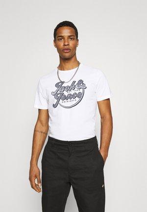 JORBRIANS TEE CREW NECK - T-shirt med print - white