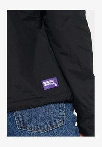 Superdry - Veste légère - black/violet - 3